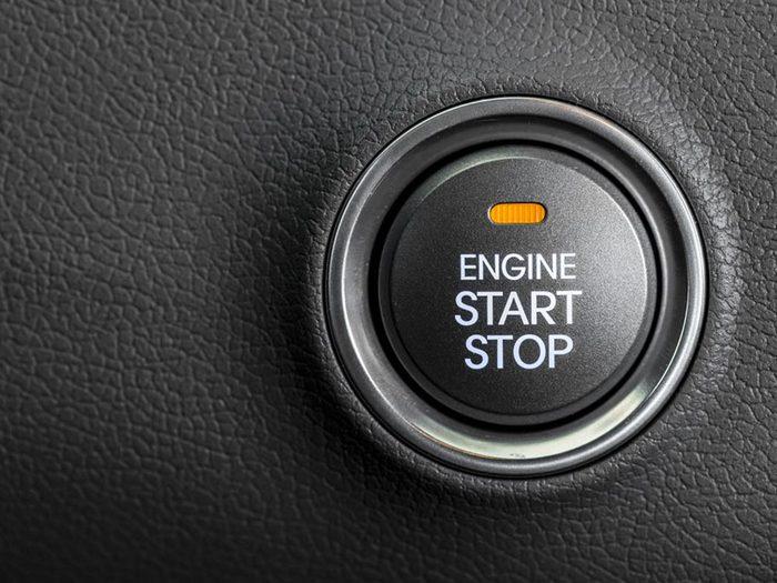 Si votre voiture ne démarre pas, c'est peut-être que votre clé de démarrage est loin de vous...