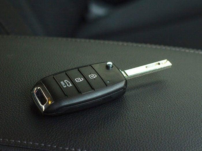 Si votre voiture ne démarre pas, c'est peut-être que votre démarreur à distance ne répond plus.