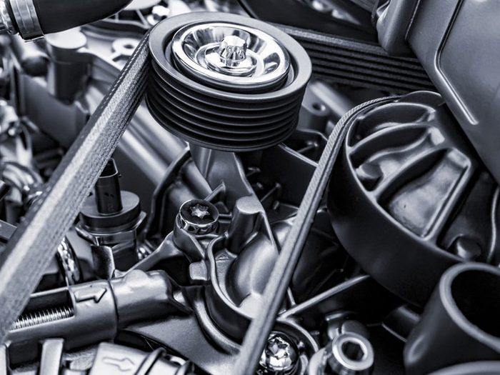 Si votre voiture ne démarre pas, c'est peut-être que vous devez changer la courroie de distribution.