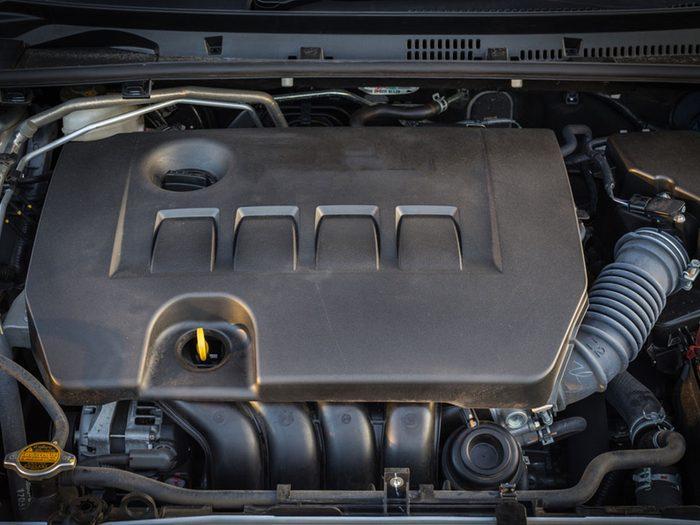 Si votre voiture ne démarre pas, c'est peut-être que votre moteur est noyé.