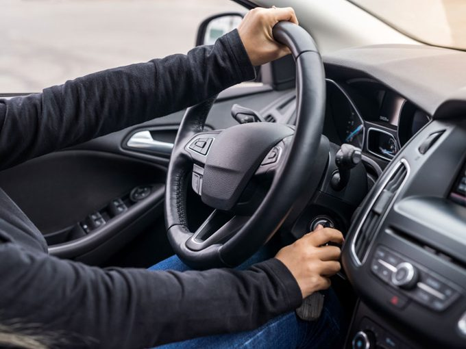 Si votre voiture ne démarre pas, c'est peut-être que la clé ne tourne pas.