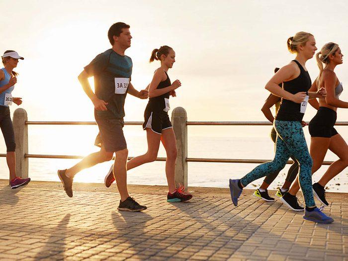 Pour lutter contre la solitude, joignez-vous à un club de course.