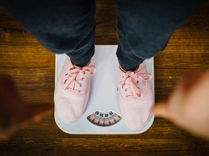 Si vous perdez du poids sans le vouloir, c'est un signe du cancer de la vésicule biliaire.