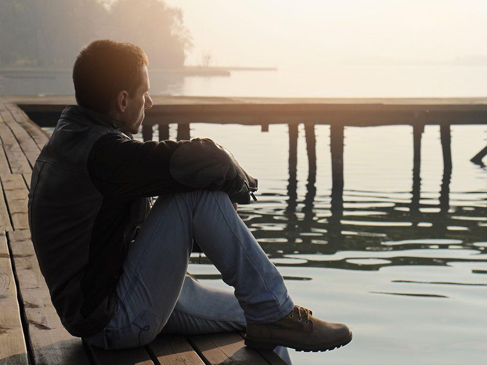 Le sentiment d'exclusion peut créer des conflits entre amis.