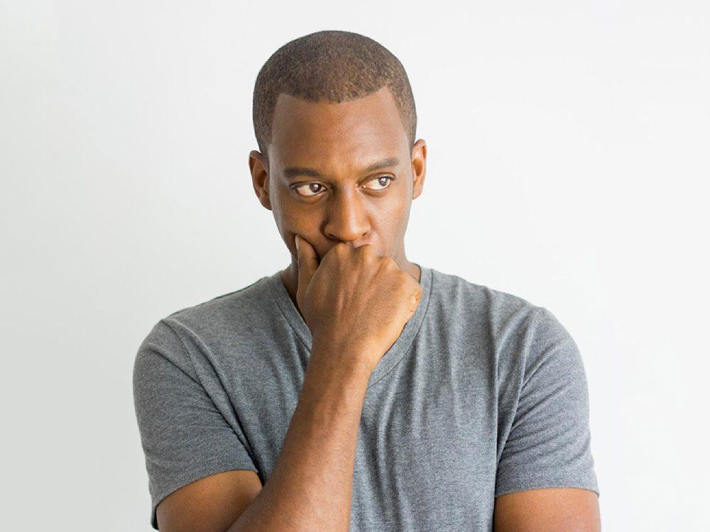 La dépression mène fréquemment à utiliser l'absolu.