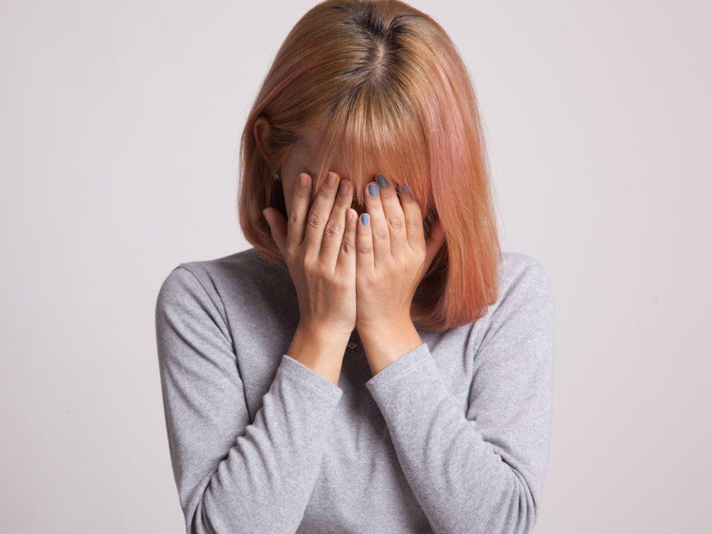 Vous croyez que vous réagissez correctement, mais ce pourrait être le signe d'une dysthymie, c'est-à-dire une dépression chronique.