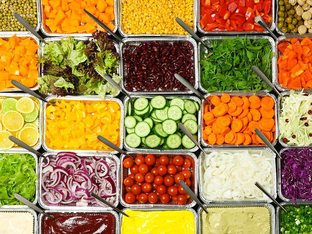 Les aliments resservis à l'infini sont à ne pas manger, de préférence.