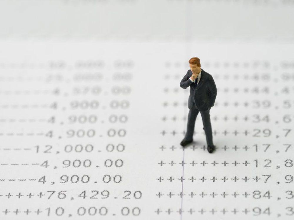 Ne payez pas en argent comptant car l'emploi d'une carte de crédit facilitent votre suivi budgétaire ainsi que sa gestion.
