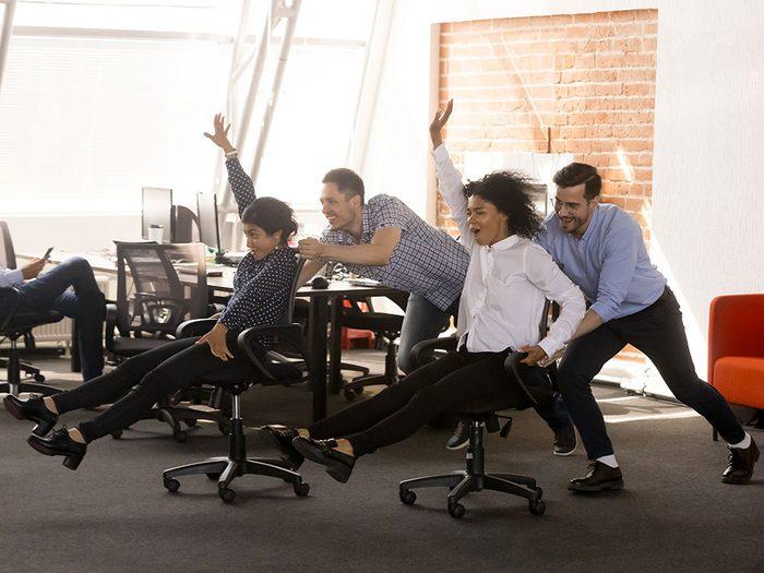 Photos hilarantes: voilà ce qui se passe quand le patron s'éloigne.
