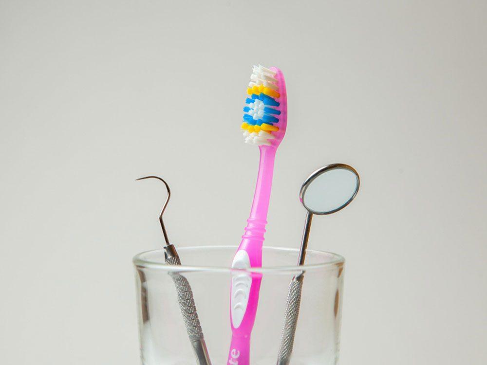 Votre porte-brosses à dents peut vous rendre malade.