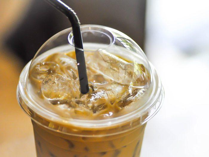 Les boissons caféinées sont à éviter si vous avez un rhume ou une grippe.