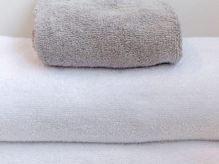 Attention aux serviettes et débarbouillettes qui peuvent transmettre le rhume et la grippe.