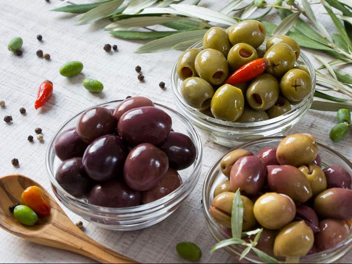 Manger davantage d'olives est bon pour la santé des os.