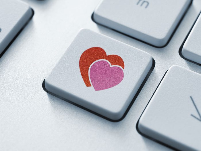 Du large choix des sites de rencontre en découle généralement une faible satisfaction.