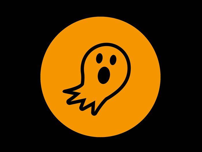 La superstition des fantômes et des draps fantomatiques.