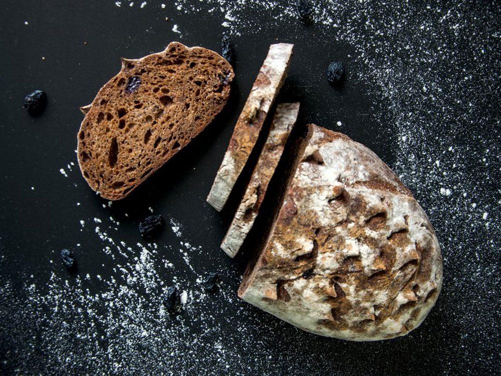 Le pain de seigle est l'un des aliments populaires maintenant, mais pas il y à 100 ans!