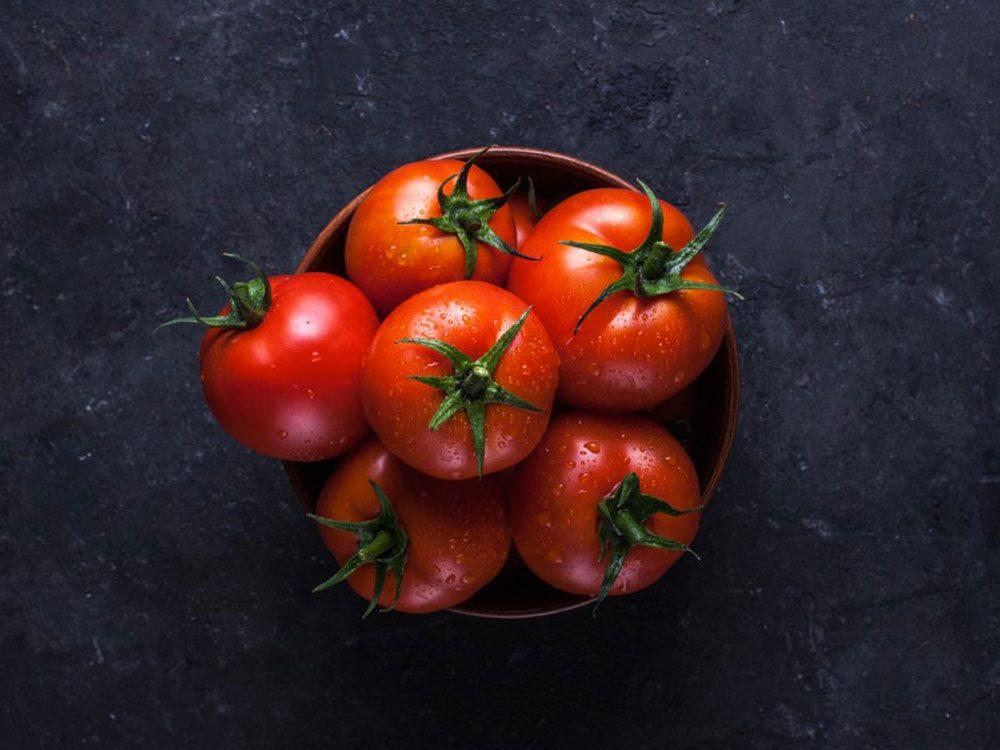 Les tomates sont des aliments populaires maintenant, mais pas il y à 100 ans!