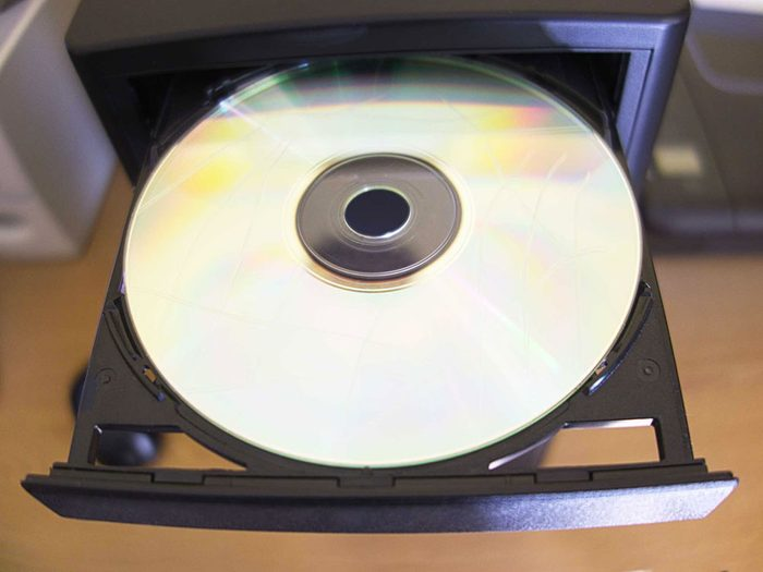 Empêcher un disque compact égratigné de sauter grâce aux bananes.