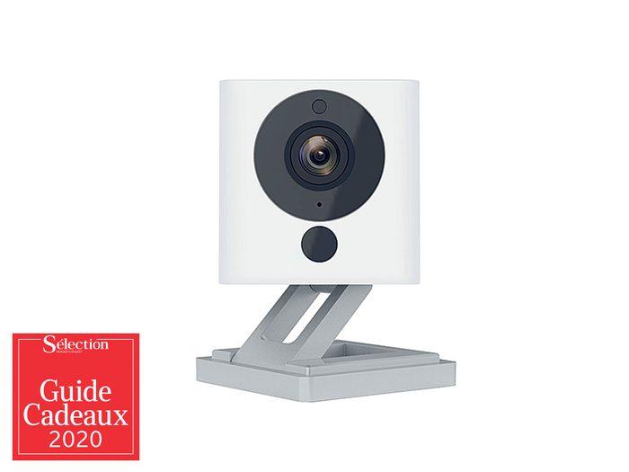 La mini-caméra Wyze V2 fait partie des idées de cadeaux de Noël.