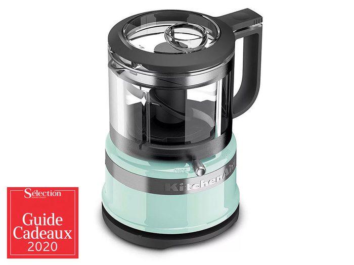Le mini-robot culinaire KitchenAid fait partie des idées de cadeaux de Noël.