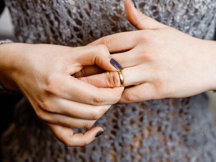 Menacer de divorcer pendant une chicane de couple.