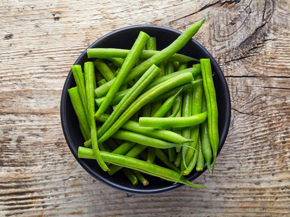Votre chien peut manger des haricots verts.