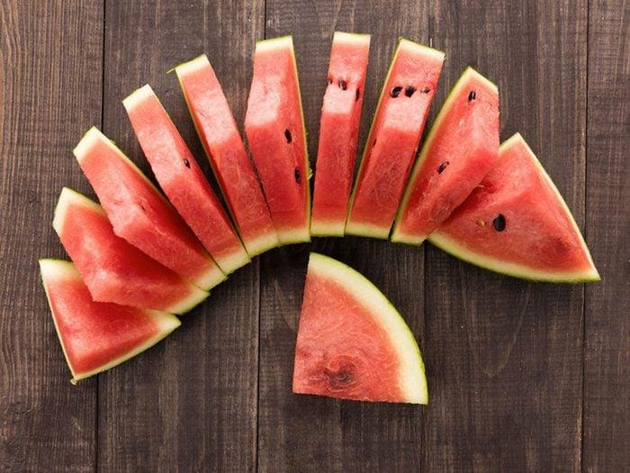 Votre chien peut manger du melon d'eau.