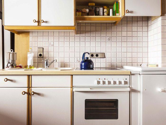Un courtier immobilier évite les améliorations exagérées.