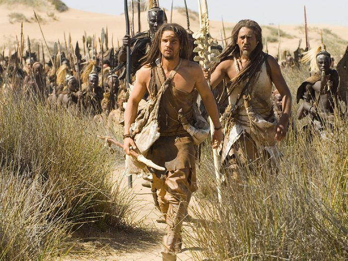 10000 av. J.-C. est l'un des films au palmarès des pires erreurs historiques.
