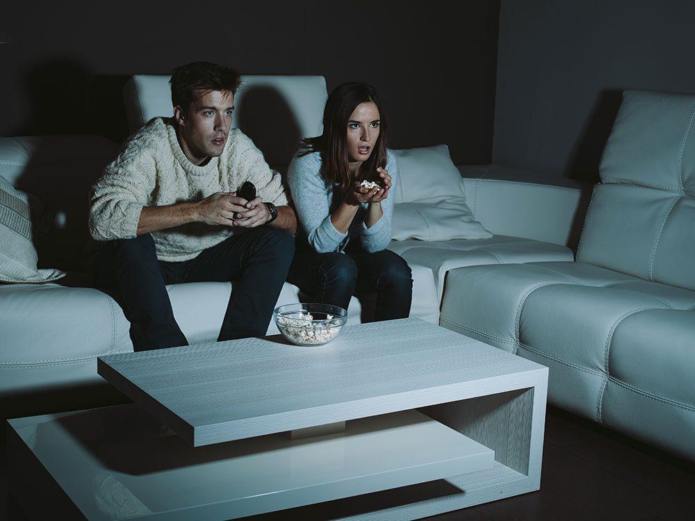 Regarder un film d'horreur vous donne accès à des émotions littéralement «enfouies».