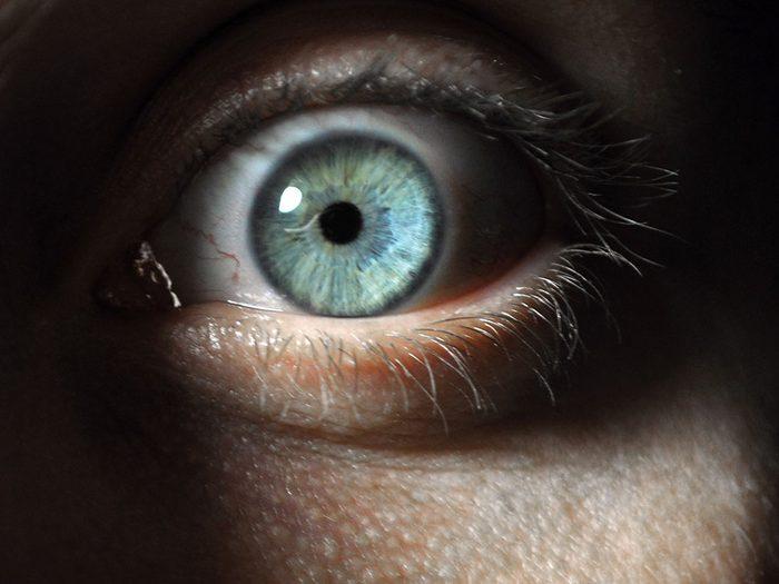 Vous faites une poussée de cortisol quand vous regardez un film d'horreur.