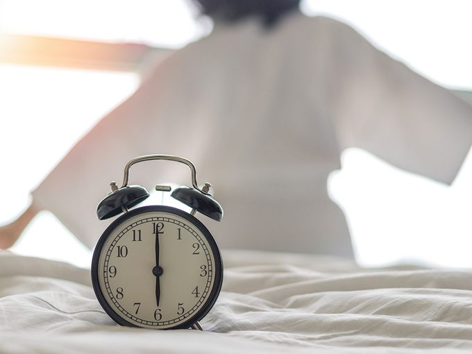 Avancer notre horloge biologique, c'est possible!