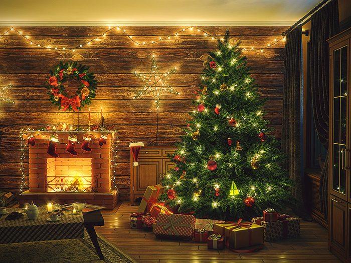 Cet arbre qui clignote et qui vous empoisonne l'existence fait partie des imprévus des fêtes.