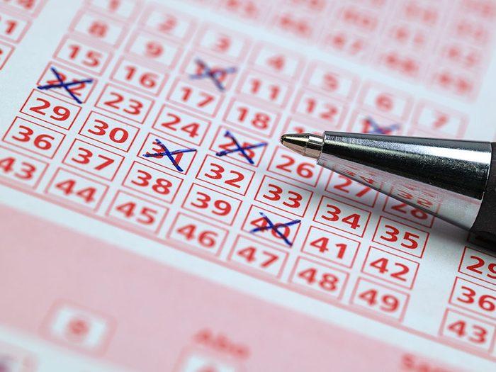 Pour Noël, n'offrez pas de billets de loterie!
