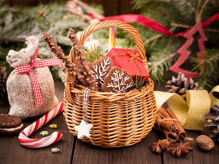 Offrir un produit consommable dans un contenant réutilisable pour passer un Noël zéro déchet.