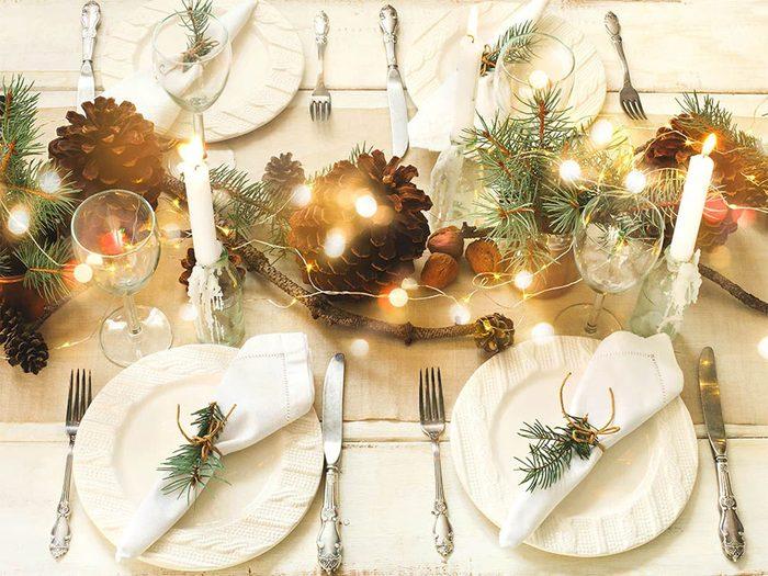 Utiliser de la vraie vaisselle pour passer un Noël zéro déchet.