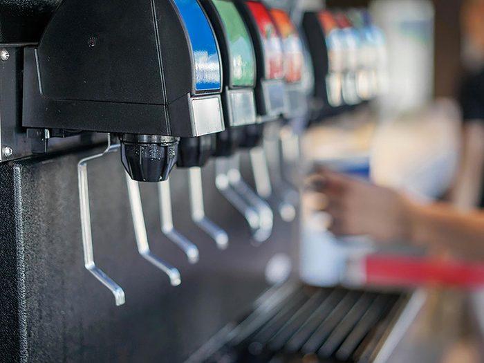 En restauration rapide, la fontaine à boissons vous donne un indice sur la propreté du restaurant.