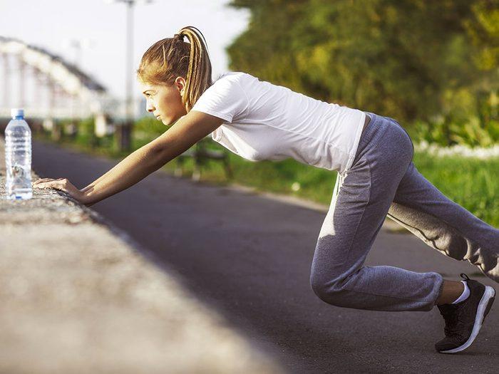 Les effets du sport à jeun chez les femmes devrait avoir les mêmes résultats.