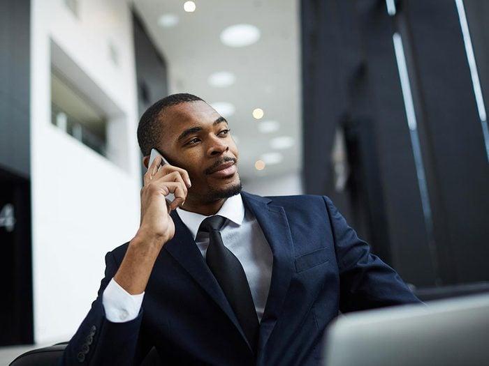 Établissez des limites claires entre le travail et la famille pour gérer votre stress.