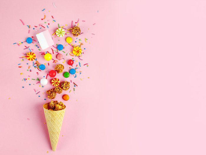 C'est comme si notre cerveau était programmé pour avoir envie de ces aliments plein de sucre.