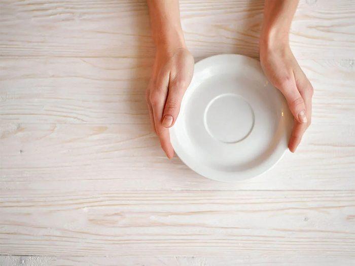 Temps des fêtes: au Danemark, il est coutume de détruire un jour de vaisselle.