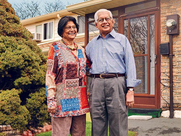 Vieillir chez soi ou déménager dans une résidence pour personnes âgées?