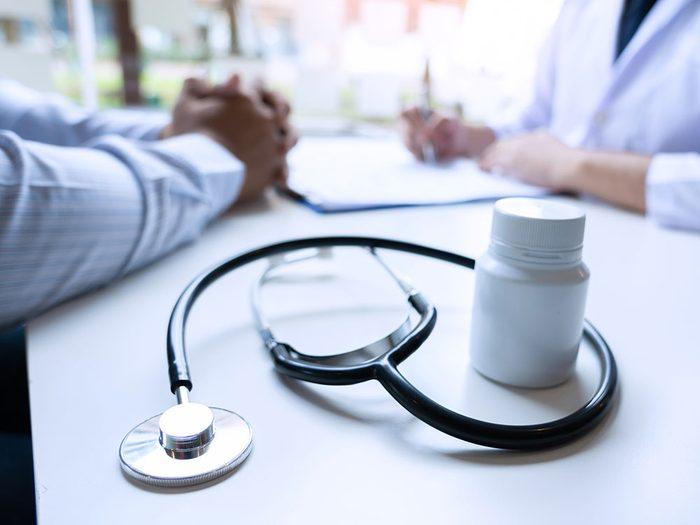 Parlez médication avec votre médecin pour arrêter de vapoter.