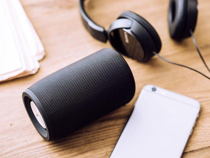 Offrez un haut-parleur portatif comme cadeau de dernière minute!