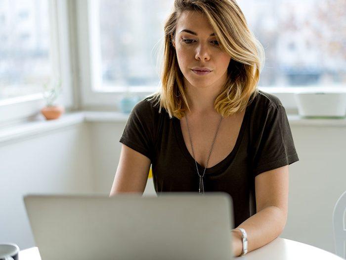 Le principe de rareté est l'un des pièges du commerce en ligne.