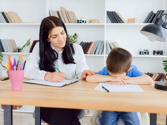 Dépression infantile: les notes de votre enfant sont en baisse.