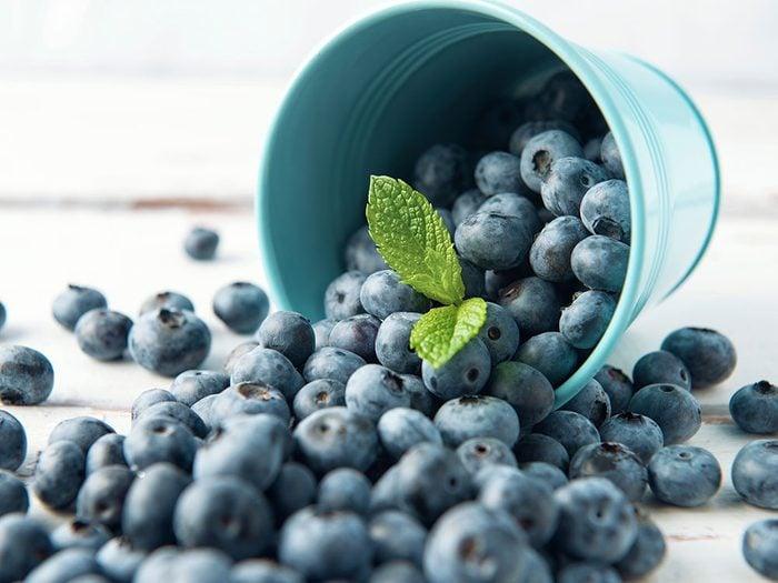 Mangez des bleuets pour retrouver de l'énergie.