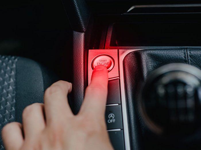 Entretien automobile: évitez de rouler à plein régime immédiatement.