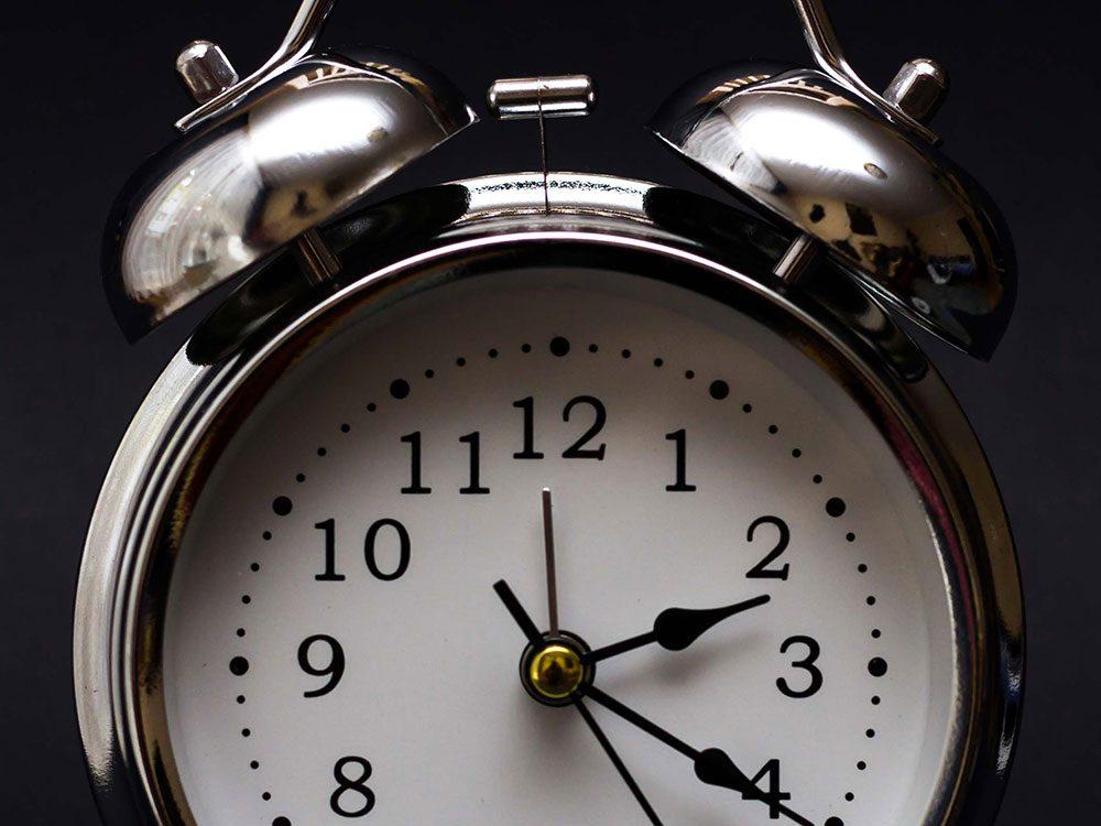 Faits incroyables: dans le futur, les journées sur Terre seront de 25 heures.