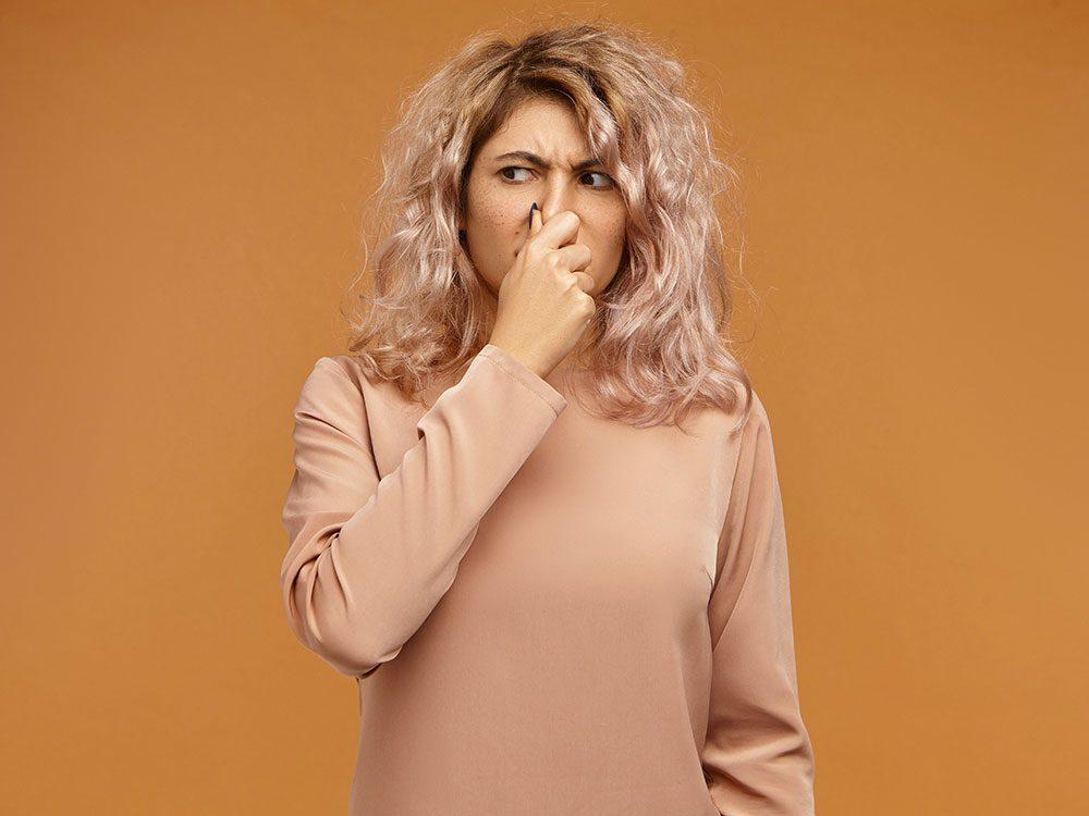 Faits incroyables: il existe un «déodorant interne» qui empêche nos flatulences et nos selles de puer.